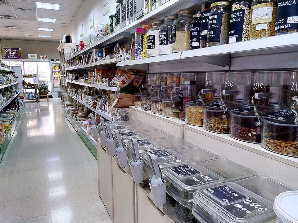 Supermercado ecológio Interior Tot Natural en Sant Boi de Llobregat